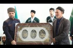 Embedded thumbnail for Маджлис Алимов посвященный открытию новой мечети в с. Джугдил